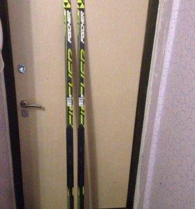 Лыжи. Новые.