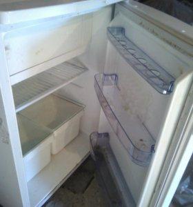 Холодильник с морозильником