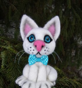 Котик Снежок.