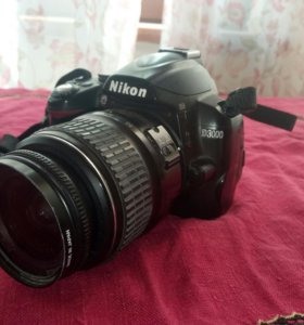 Nikon D3000 работает на 5+