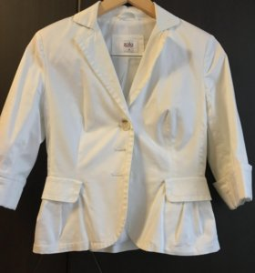 Белый пиджак zolla