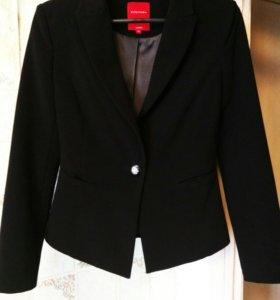 """Классический черный пиджак из магазина """"Ostin"""""""