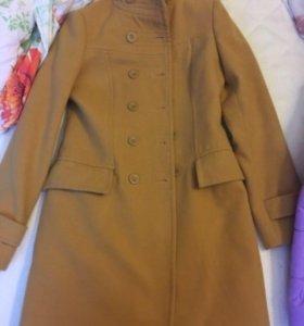 Продам весеннее пальто