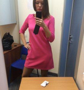 Платье розовое 42 р