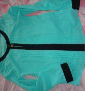 Блузка новая размер s