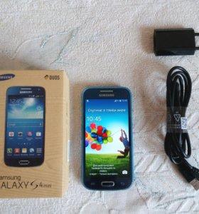 Samsung Galaxy S4 mini duos blue