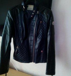 Куртка искусственная кожа в хорошем состоянии