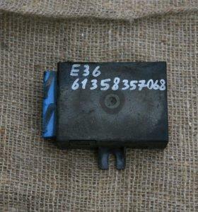 Блок управления стеклоочистителем (реле) бмв е36