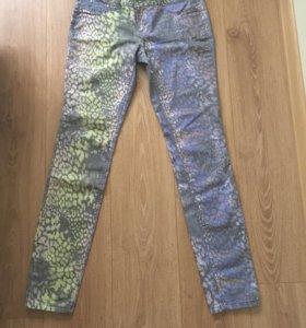 Брюки стрейч джинсового покроя