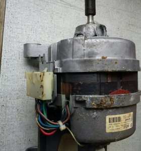 Мотор от стиральной машины ZANUSSI