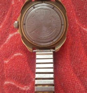 антиикварные командирские часы