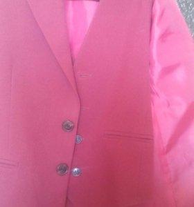 Пиджак с жилетом