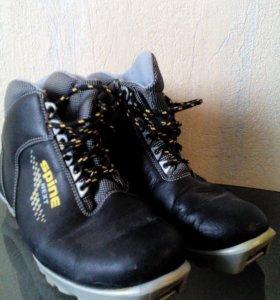 Лыжи+лыжные палки+ботинки (раз.40-41)