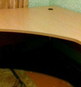 Стол углавой