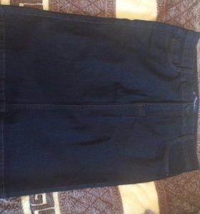 Продаётся джинсовая юбка.