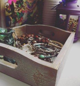 Деревянный ящик для украшений или для мелочей