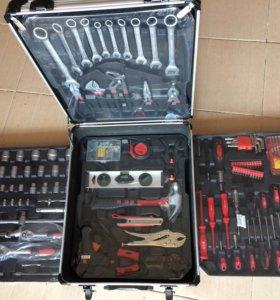 Набор инструментов 187 деталей в чемодане
