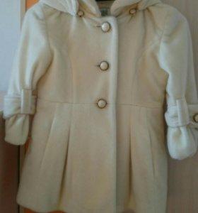 Курточка весна-осень на 6-8 лет.