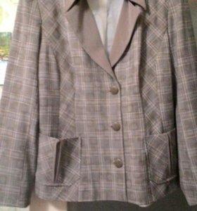 Брючный костюм,можно купить отдельно, по 250 р.