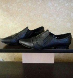 Туфли кожаные женские 35 размер