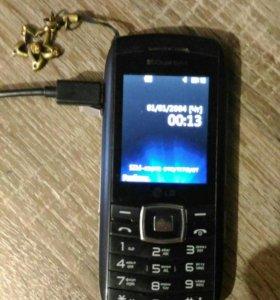 Телефон LG GX300