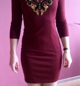 Платье Evona в хорошем состояние