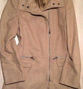 Пальто шерстяное  motivi