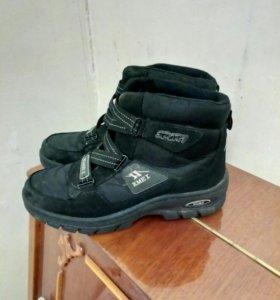 Ботинки демисезонные 39 размер