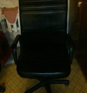 Компьютерное кресло, стул
