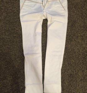 Белые брюки 34-36 р-ра
