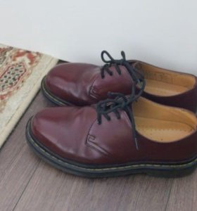 Dr Martens cherry RED smooth 39 размер