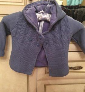 Стильная вязаная курточка