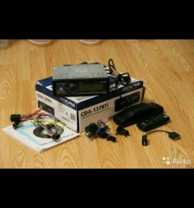 Alpine CDA-137BTi (полный комплект)
