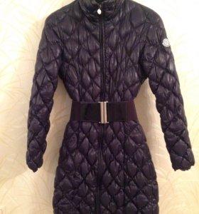 Пальто Moncler размер 42