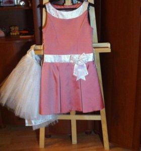 Платье праздничное на девочку 9-11 лет
