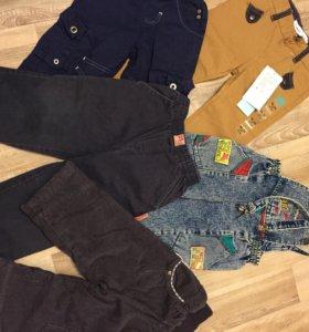 Джинсы и комбинезоны джинсовые для мальчика