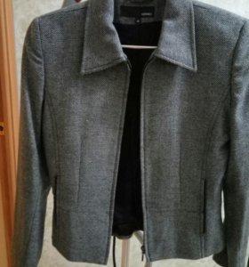 Теплый полушерстянной пиджак