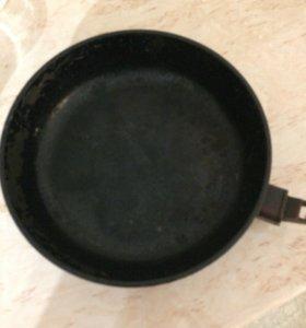 Сковорода бу
