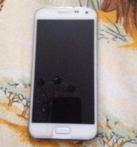 Samsung е 5