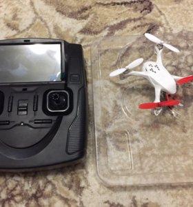 Квадрокоптер с камерой (дрон)