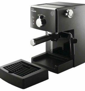 Кофеварка рожкового типа Saeco Philips HD 8323/39