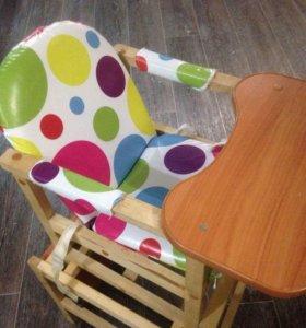 Стол и стул для кормоения