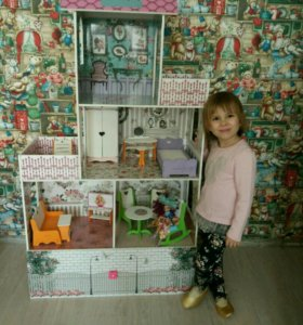 Кукольный домик с ящиком для игрушек
