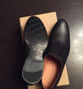 Ботинки мужские (кожа, 44 размер)