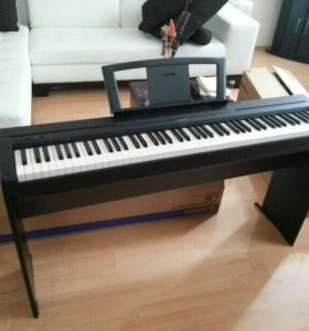Цифровое фортепиано YAMAHA P-45B + подставка-стол