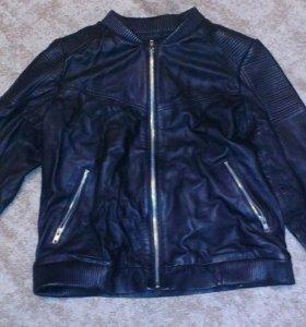 Продаю куртку р. L