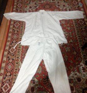 Продам кимоно новое