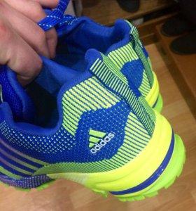 Кроссовки (adidas)
