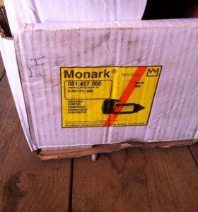Стартер на Вольво FH (081 467 065 Monark)