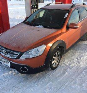 Автомобиль Dongfeng H 30 Cross